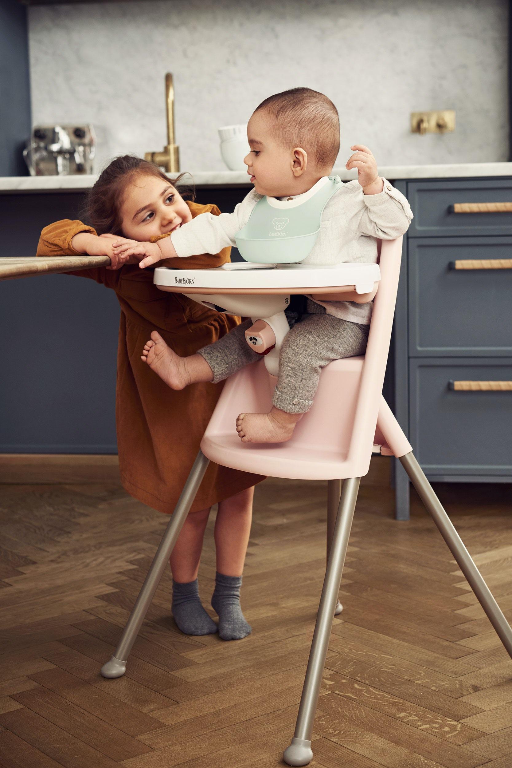 כיסא אוכל גבוה בייבי ביורן - כיסא אוכל נוח בעיצוב בטוח